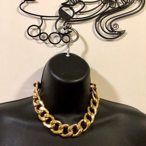 MICHEAL KORS CHAIN NECKLACE